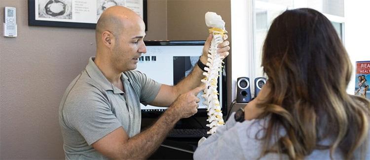 dr tony explaining scoliosis